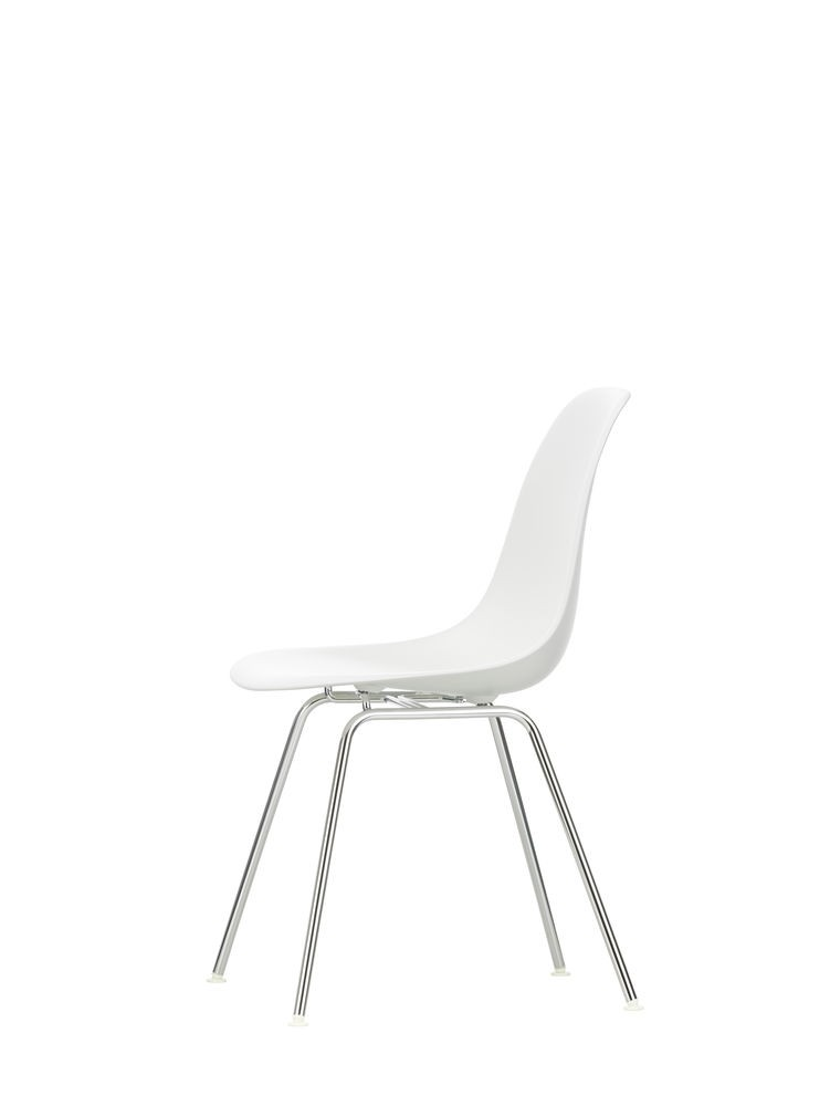 DSX - Eames Plastic Side Chair